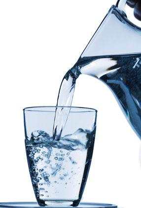 Trinkwasser-Kanne